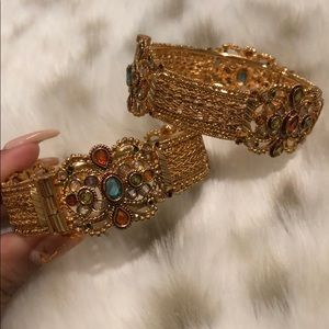 Jewelry - Indian cuffs (Pair)